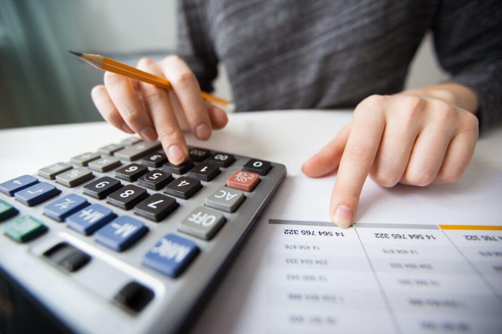 Cumplir con las Normas de Información Financiera en Contpaqi Contabilidad